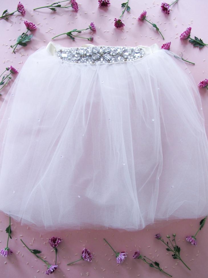 DIY // Comment réaliser un tutu de mariée // How to make a wedding tutu // A Cardboard Dream Blog