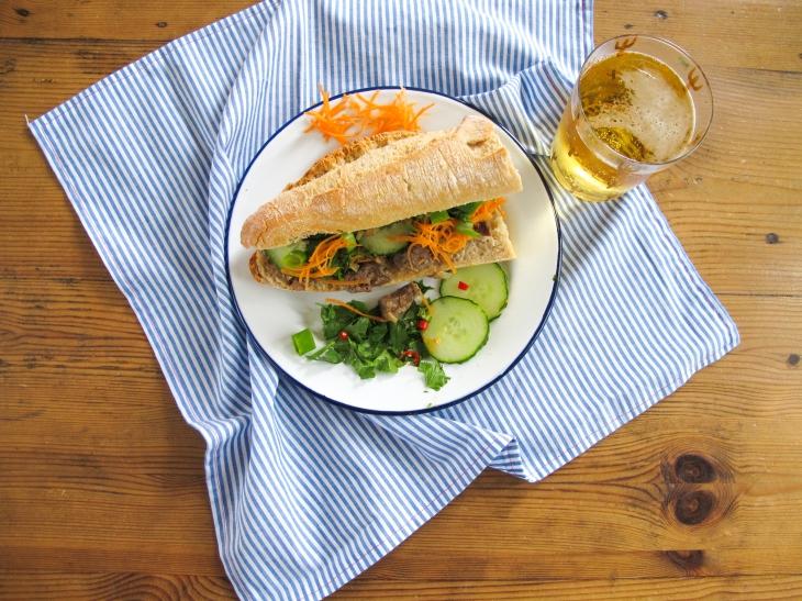 Recette Sandwich Banh mi facile et rapide // Quick and easy recipe Banh Mi sandwich // A Cardboard Dream Blog