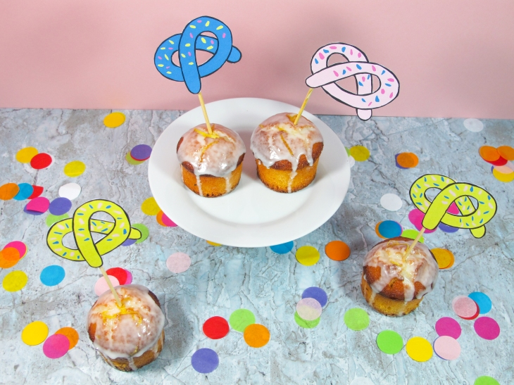 Free printable // Les bretzels cake toppers // Pretzels cake toppers // A Cardboard Dream blog