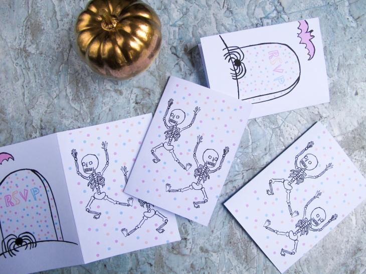 Free printable - Les invitations d'Halloween / A Cardboard Dream