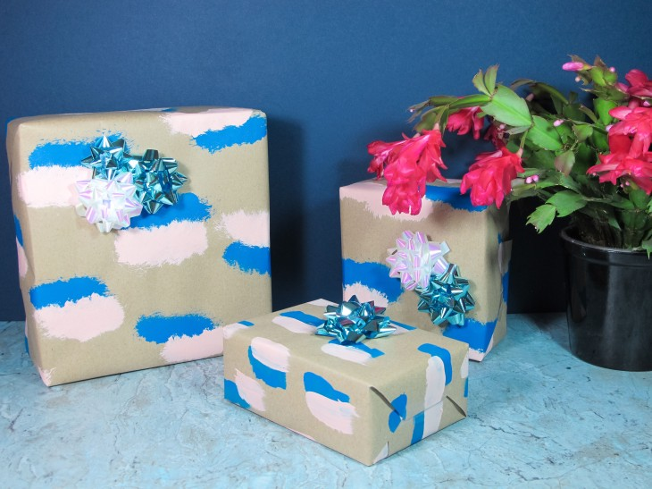DIY // Réaliser son papier cadeau maison // Make your own gift wrap // A Cardboard Dream blog